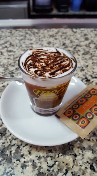 Un caffè artistico al Tre Effe Center di Marina di gioiosa Ionica