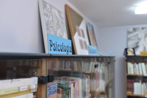 Biblioteca Comunale Mario Pellicano Castagna di Marina Di Gioiosa Ionica sezione psicologia