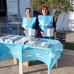 Stand in piazza zaleuco a marina di gioiosa ionica per Telethon 2016 e i cuori di biscotto organizzato dalla pro loco per gioiosa marina 1