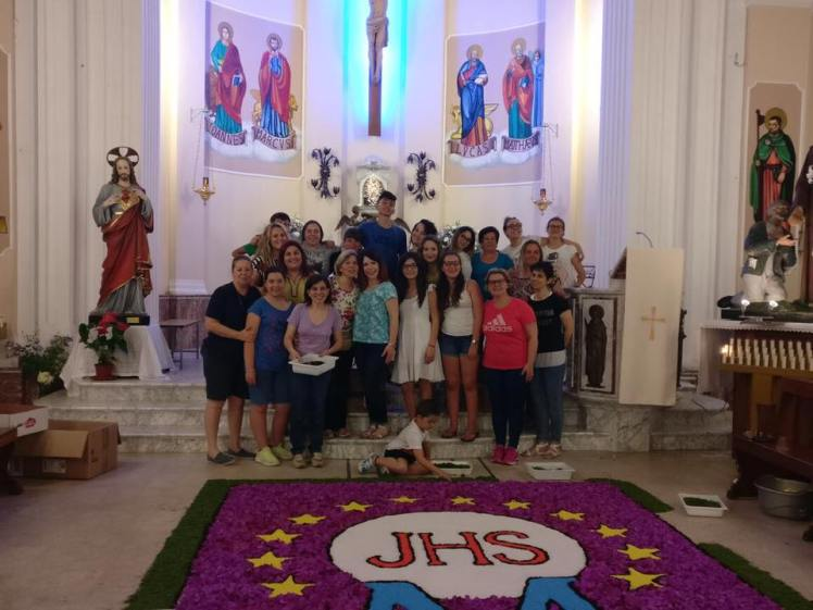 Infiorata-Oratorio-SanNicola-MarinadiGioiosa-Ionica-ProLocoPerGioiosaMarina (20)